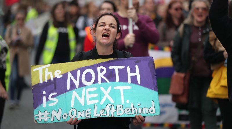 Узакониха абортите и еднополовите бракове в Ирландия