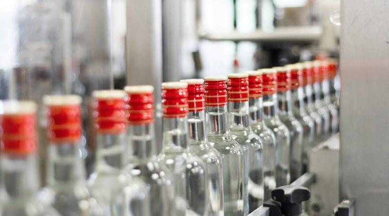 Откриха склад с нелегална водка близо до Москва
