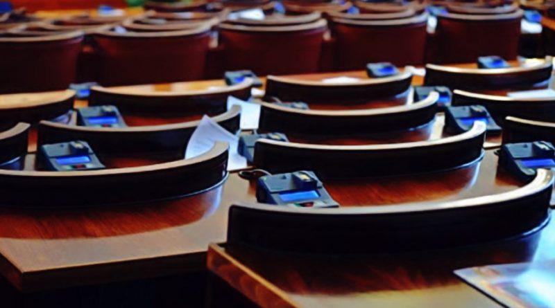 Напълно единодушно парламентът прие промените в Закона за радиото и телевизията