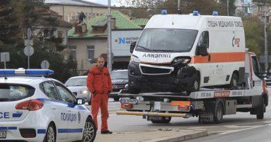 Катастрофа между линейка и автомобил стана на централно кръстовище в столицата