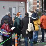 Въпреки заповедта на здравния министър зелените коридори в София ваксинират всички