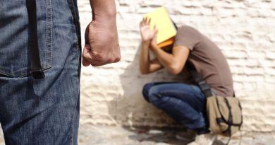 Агресия между деца: Дете наби съученик (ВИДЕО)
